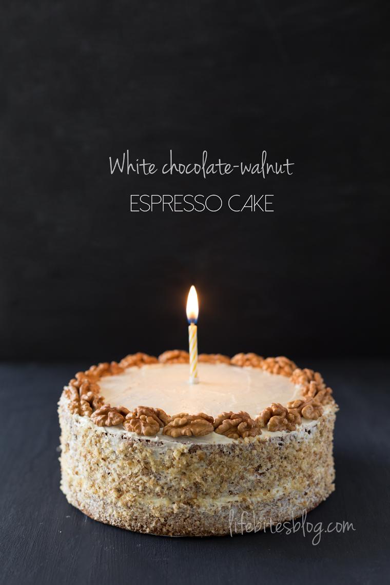 Торта с орехи и кафе и бял шоколад