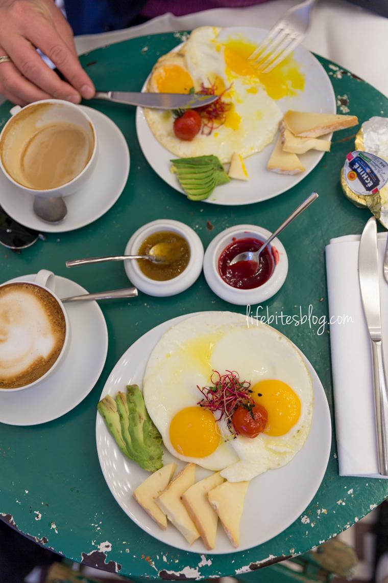 Закуска в Париж