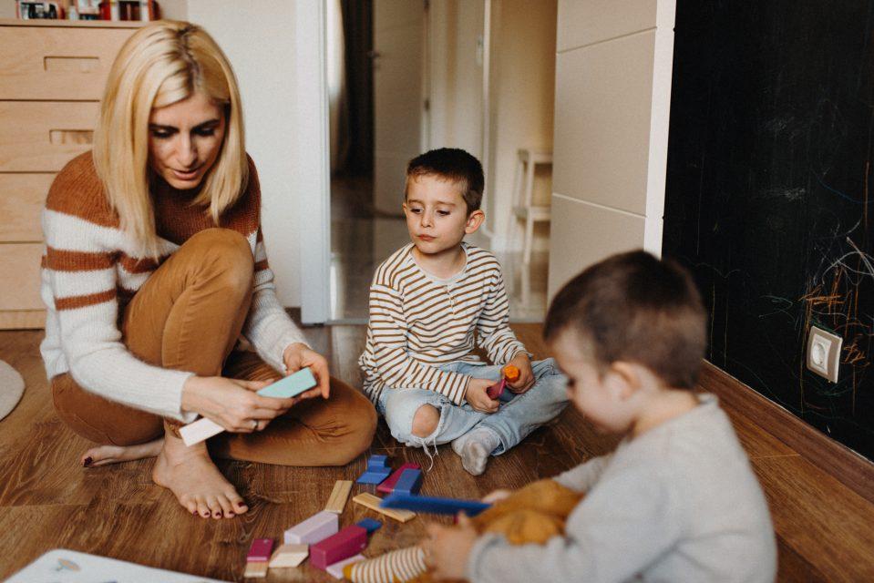 Игри с деца